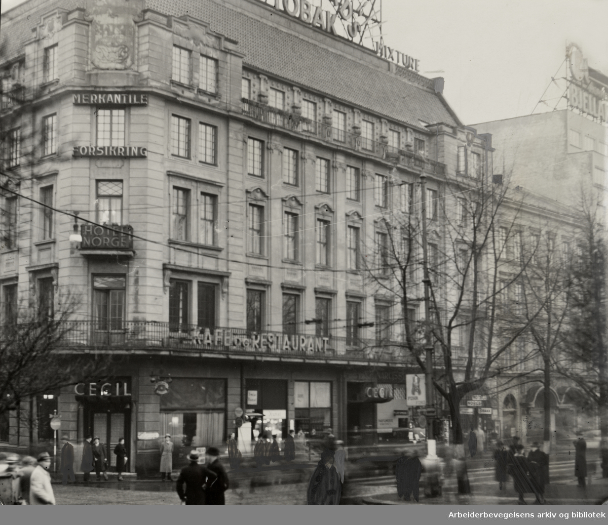 Cecilgården i Stortingsgata 1945 - 1955