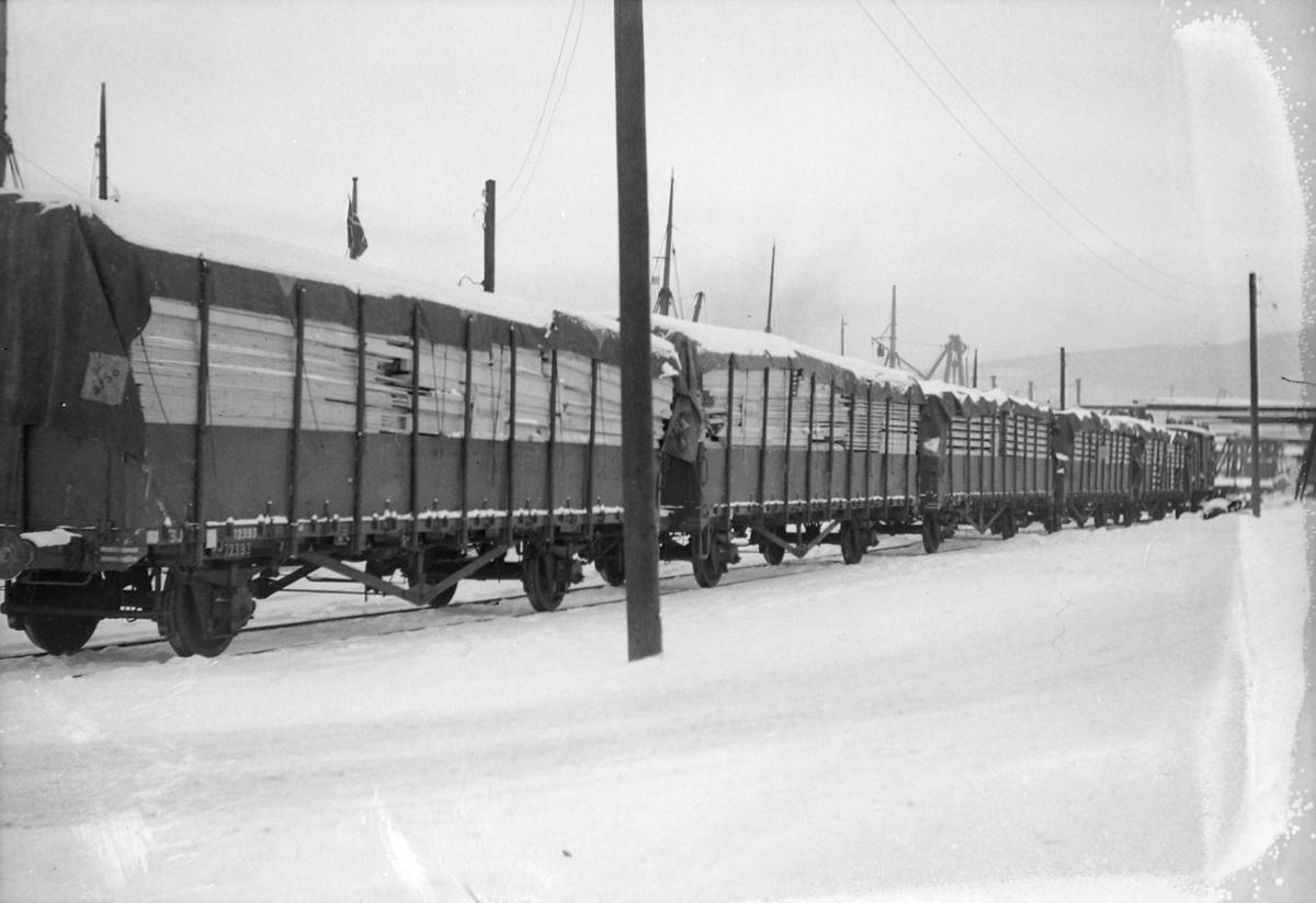 Nasjonalhjelpens varer fraktes med båt og jernbane