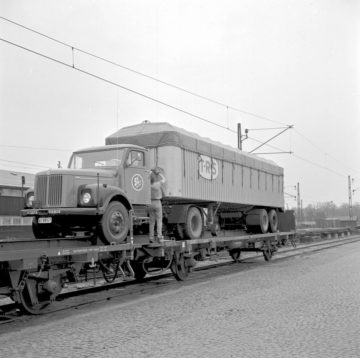 Piggy-Backtransport. Scania Vabis. T.R.S. SJ Lqs 101197