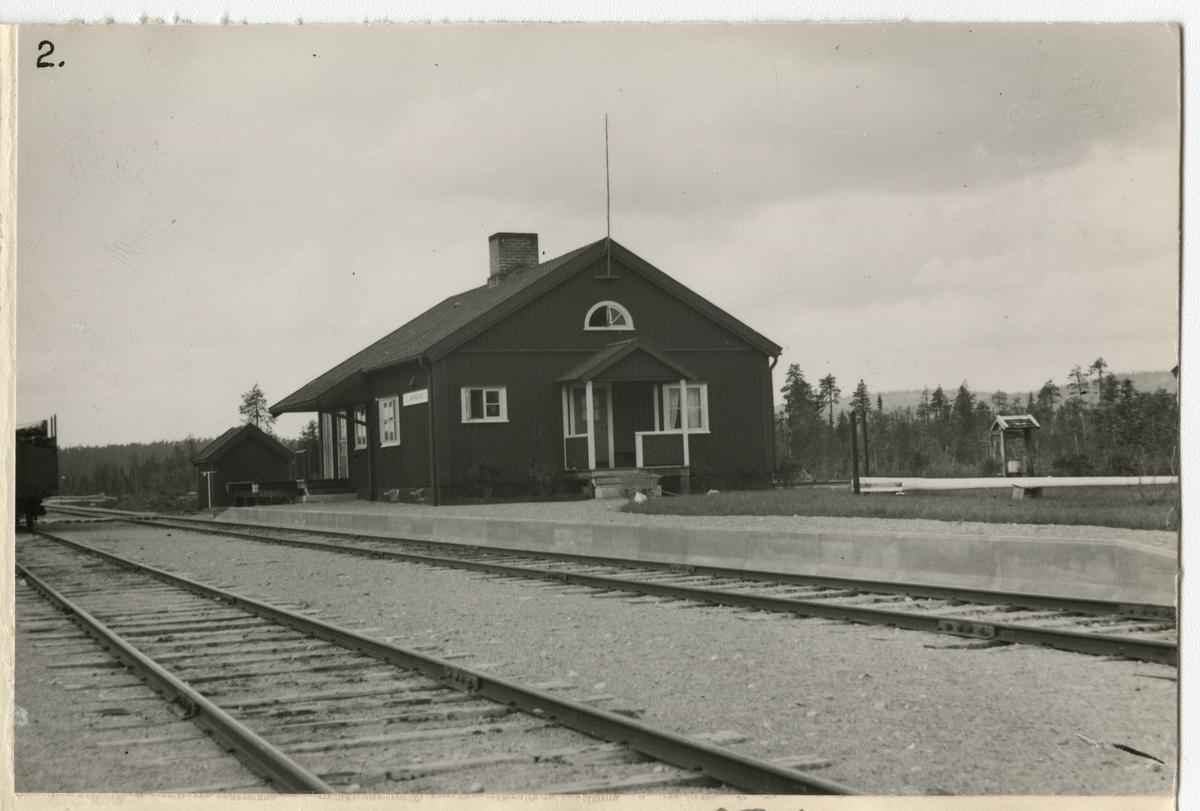 Station hållplats 1937, 1959 trafik hållplats för rälsbuss. Stängd 1969 för persontrafik. Öppnad för säsonghållplats från 1993.