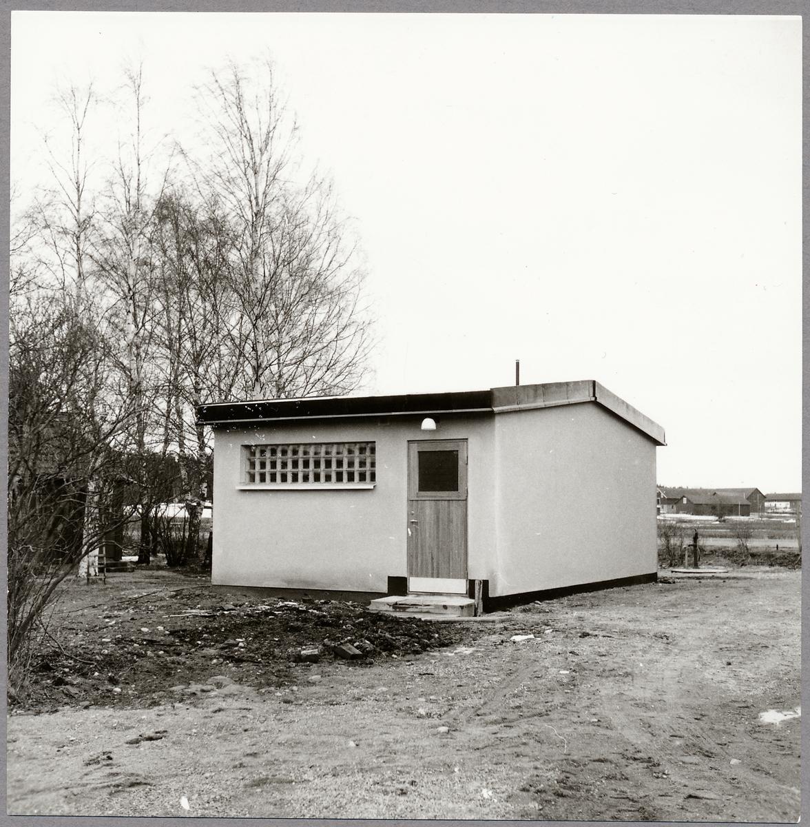 Isätra stations teknikhus.