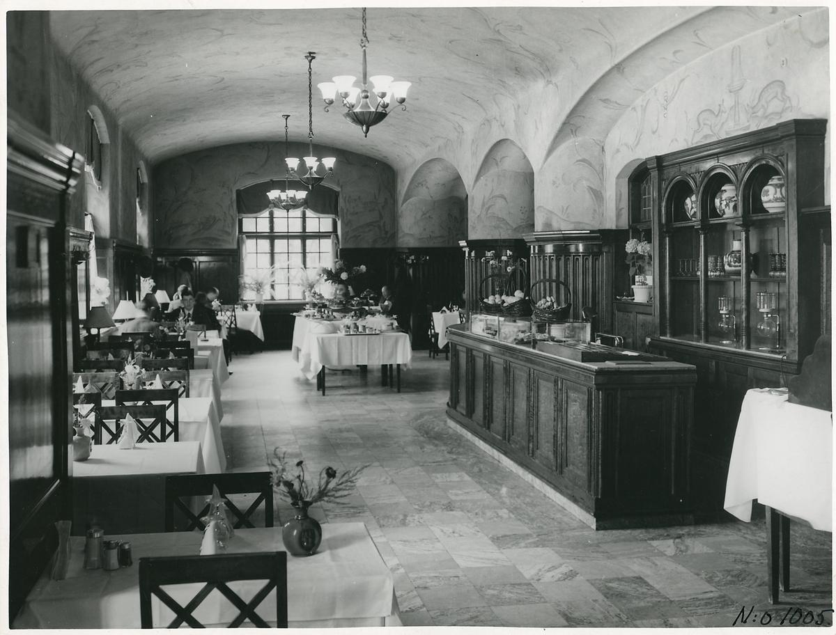 2:a klass matsal på Malmö centralstation.