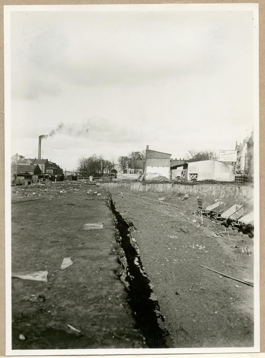 Schaktning inför järnvägsbygge vid Lunds Timmer AB.