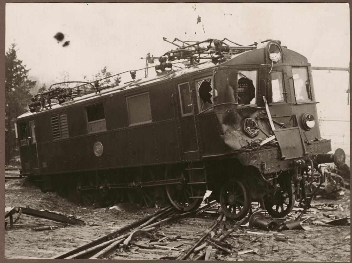 Statens Järnvägar, SJ D 298 krockskadat efter olycka i Älvsjö 1934.
