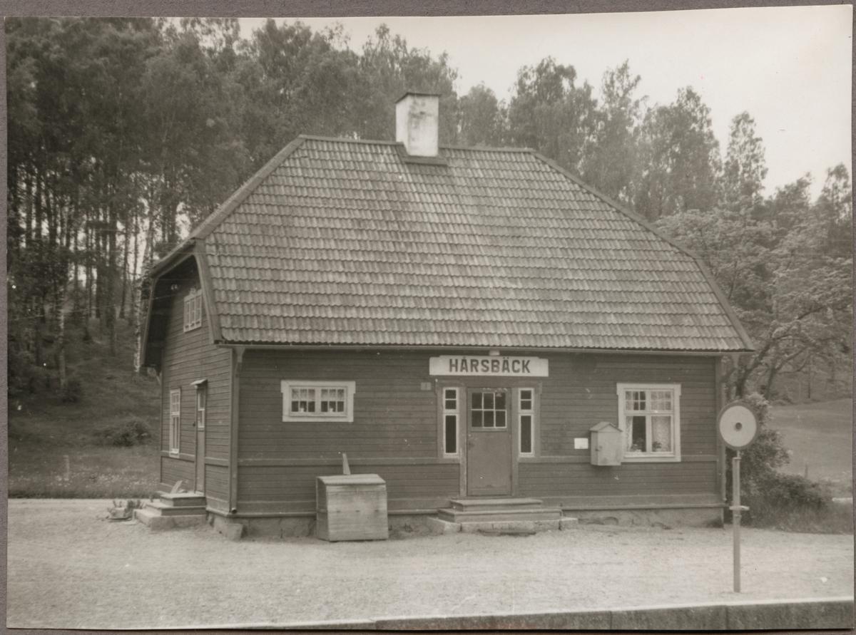 Hårsbäck stationshus.