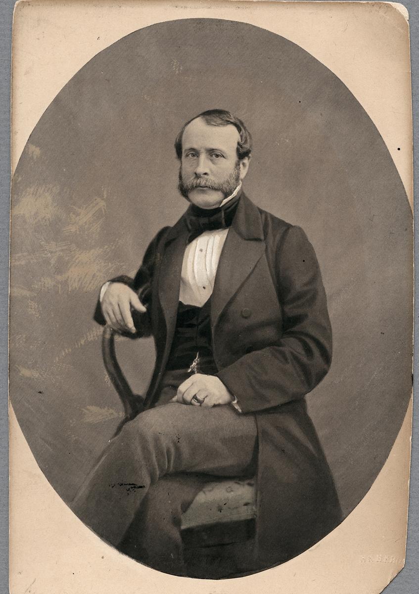Överstelöjtnant Carl Edward Norström, distriktsingenjör vid nordvästra stambanebyggnaden.