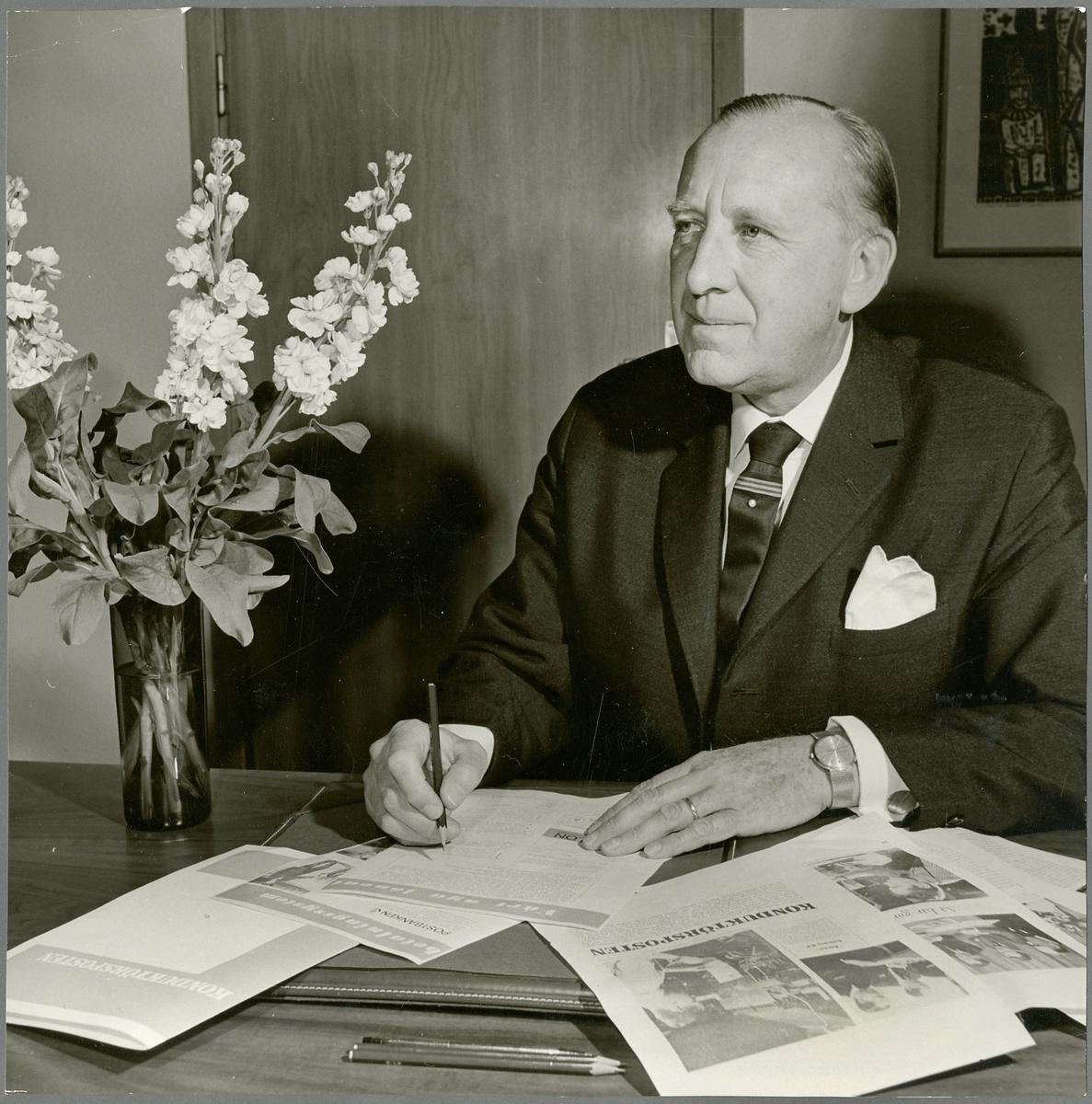 F. C. Karlströms arbete vid tidningen Konduktörsposten.