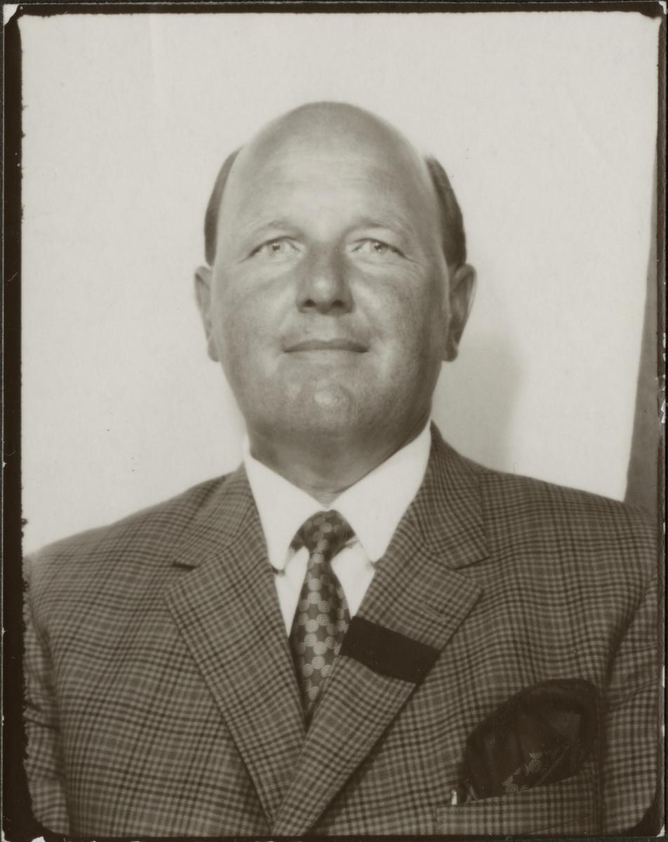 Porträtt av Elis Liljeberg.