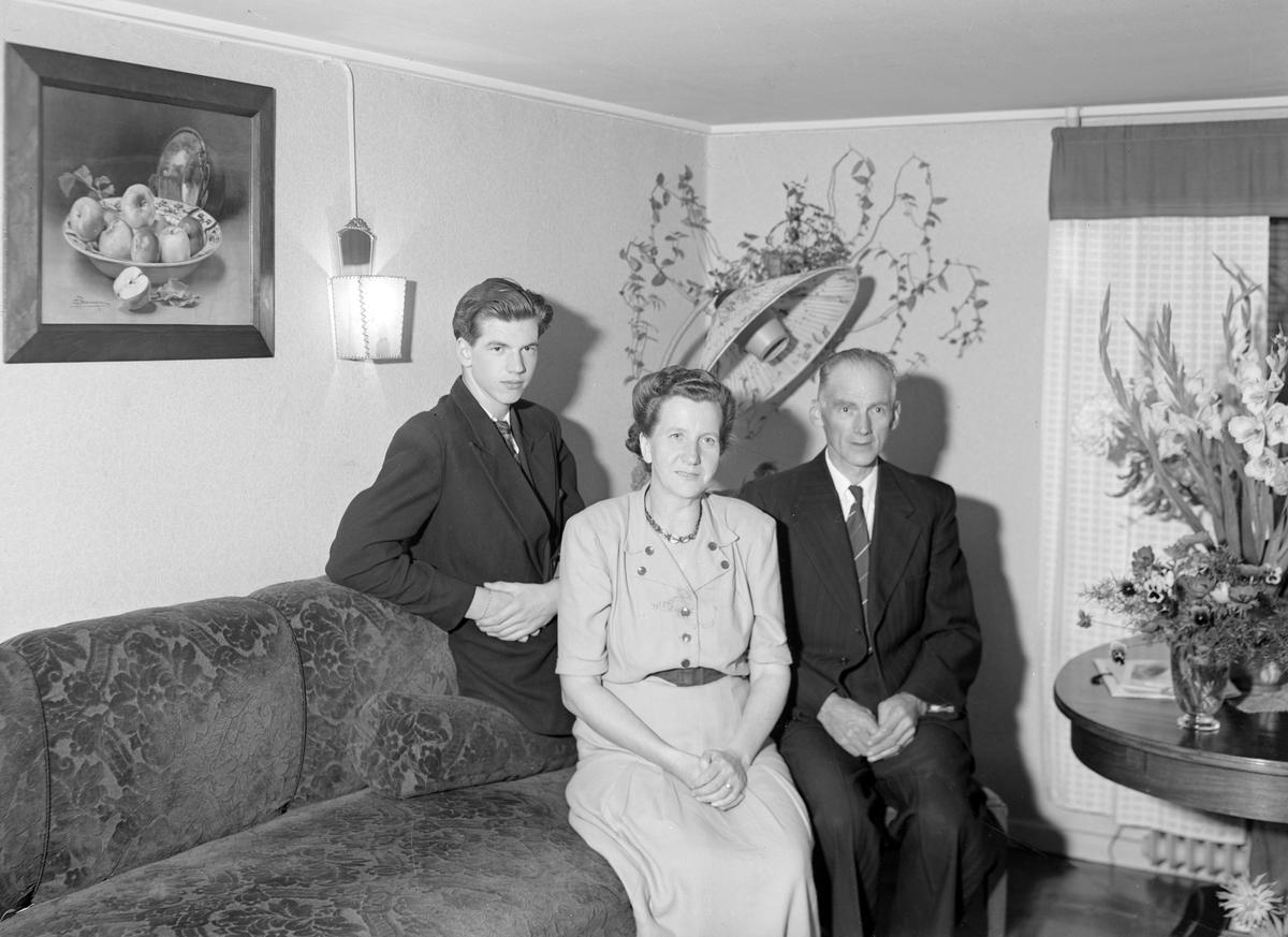 Andersson, Strömsbro, födelsedag. Foto sept 1948.