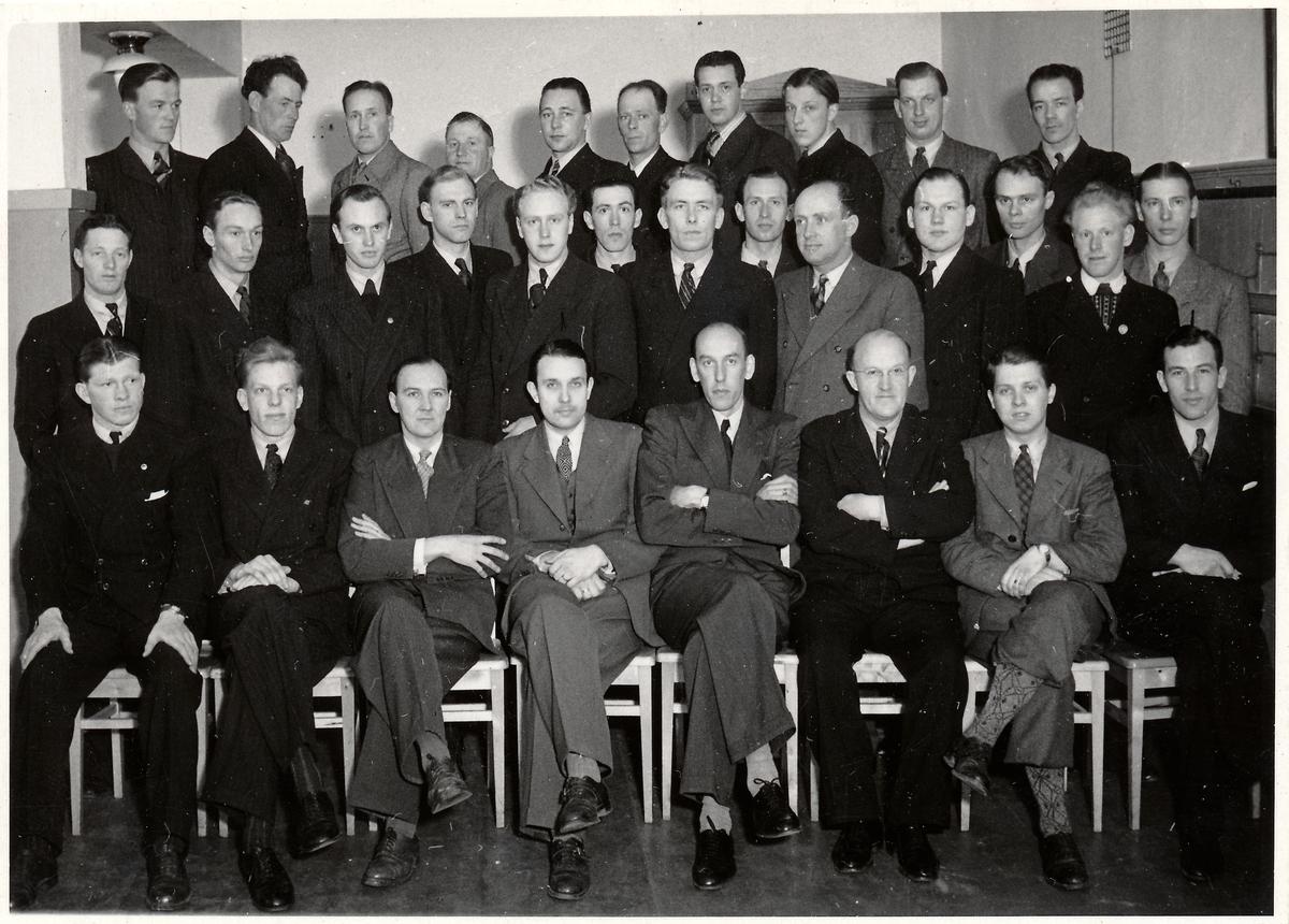 Deltagare på kurvmätningskurs 1944.
