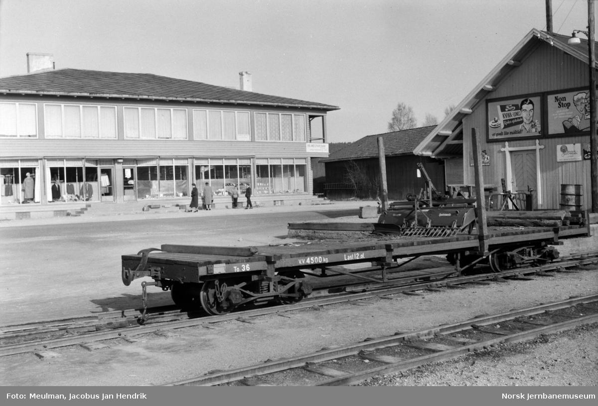 Godsvogn litra To nr. 36 på Bjørkelangen stasjon.