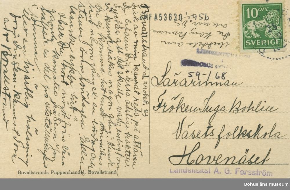 """Text på kortet:"""" Motiv från Bovallstrand""""."""