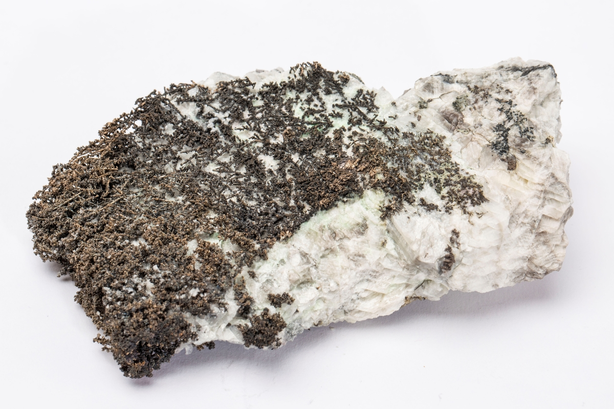 Dendrittisk sølv i kalsitt Gottes Hülfe gruve, 290 m Vekt: 360,77 g