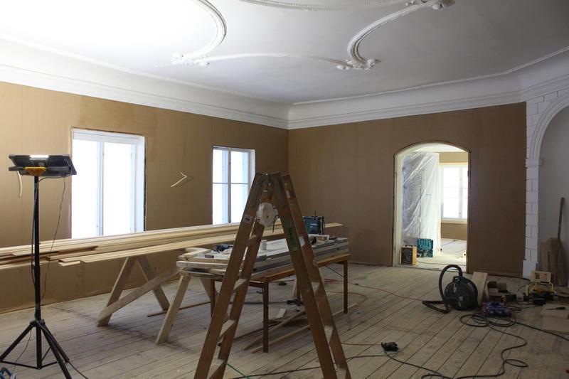 Rommet på Torderød gård var tidligere delt i tre, nå har værelset fått tilbake sitt sapreg