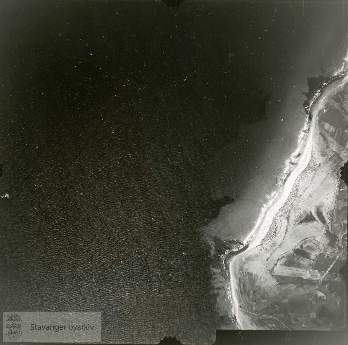 Jfr. kart/fotoplanA(II) 9/289..Se ByStW_Uca_002 (kan lastes ned under fanen for kart på Stavangerbilder)