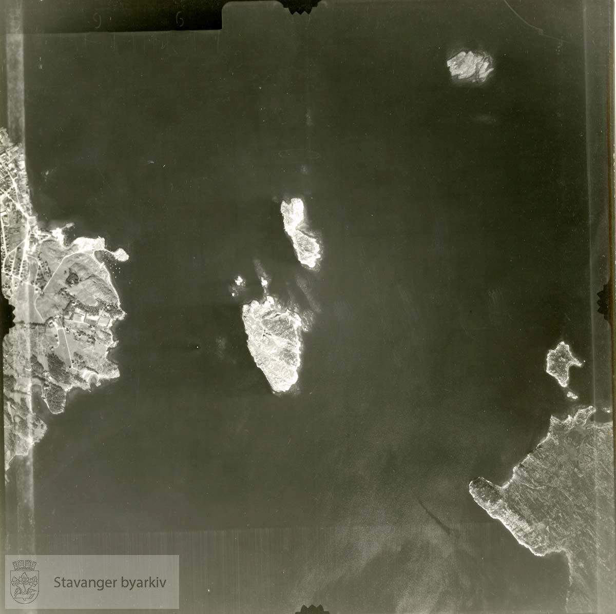 Jfr. kart/fotoplan G26/596..Usken, Marøya, Breivik, Rosenli, Dreyersholmen, Lervik..Se ByStW_Uca_002 (kan lastes ned under fanen for kart på Stavangerbilder)