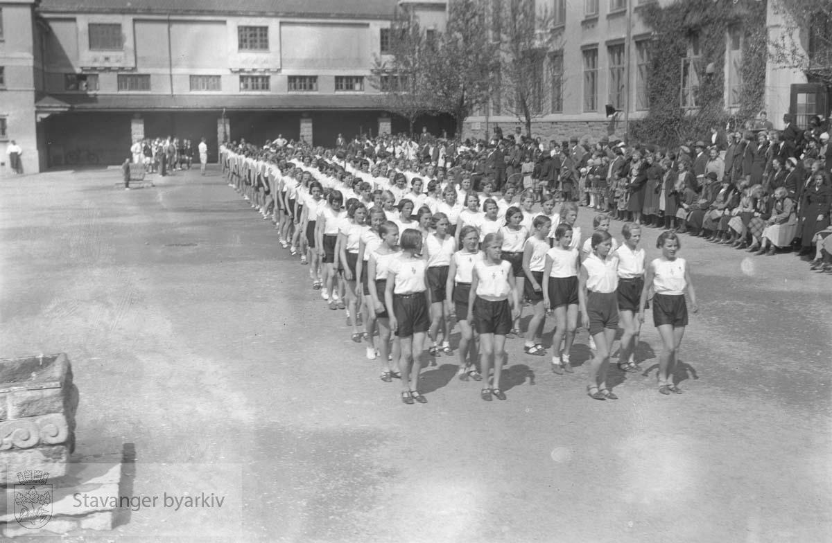 Turnoppvisning, St.Svithun skole