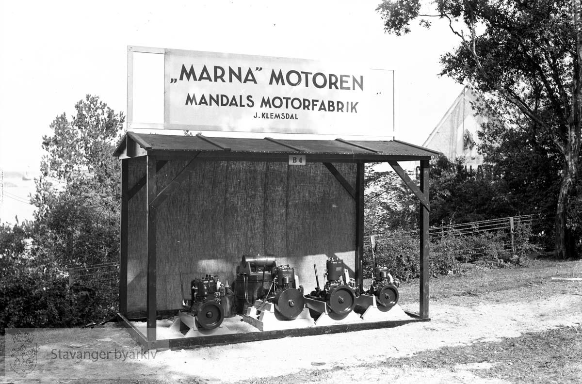 Varemessens filmer..Mandals motorfabrik .Norges varemesse