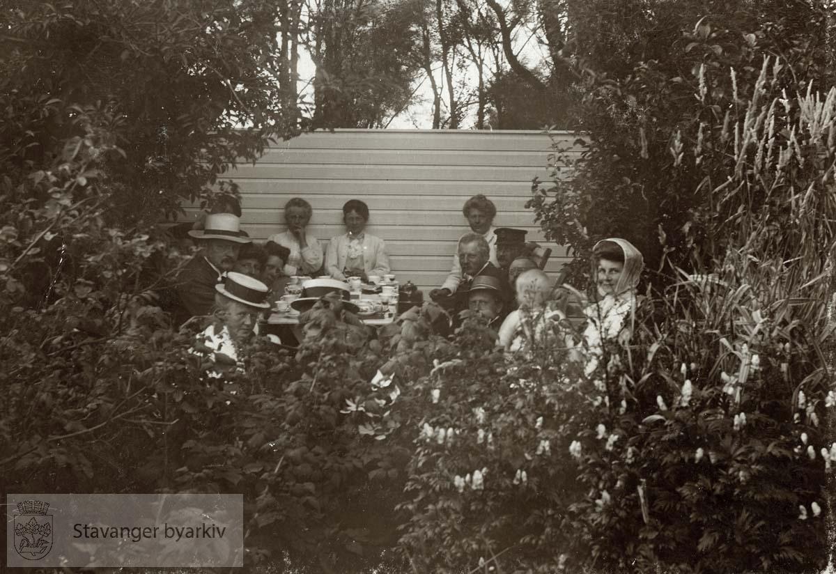 Gruppebilde på Orre, sommeren 1908