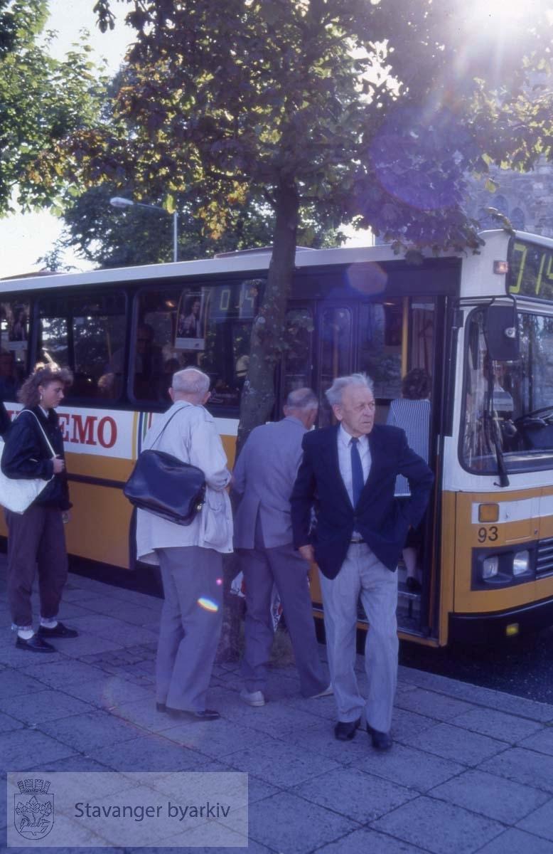 Busspassasjerer i Haakon VIIs gate