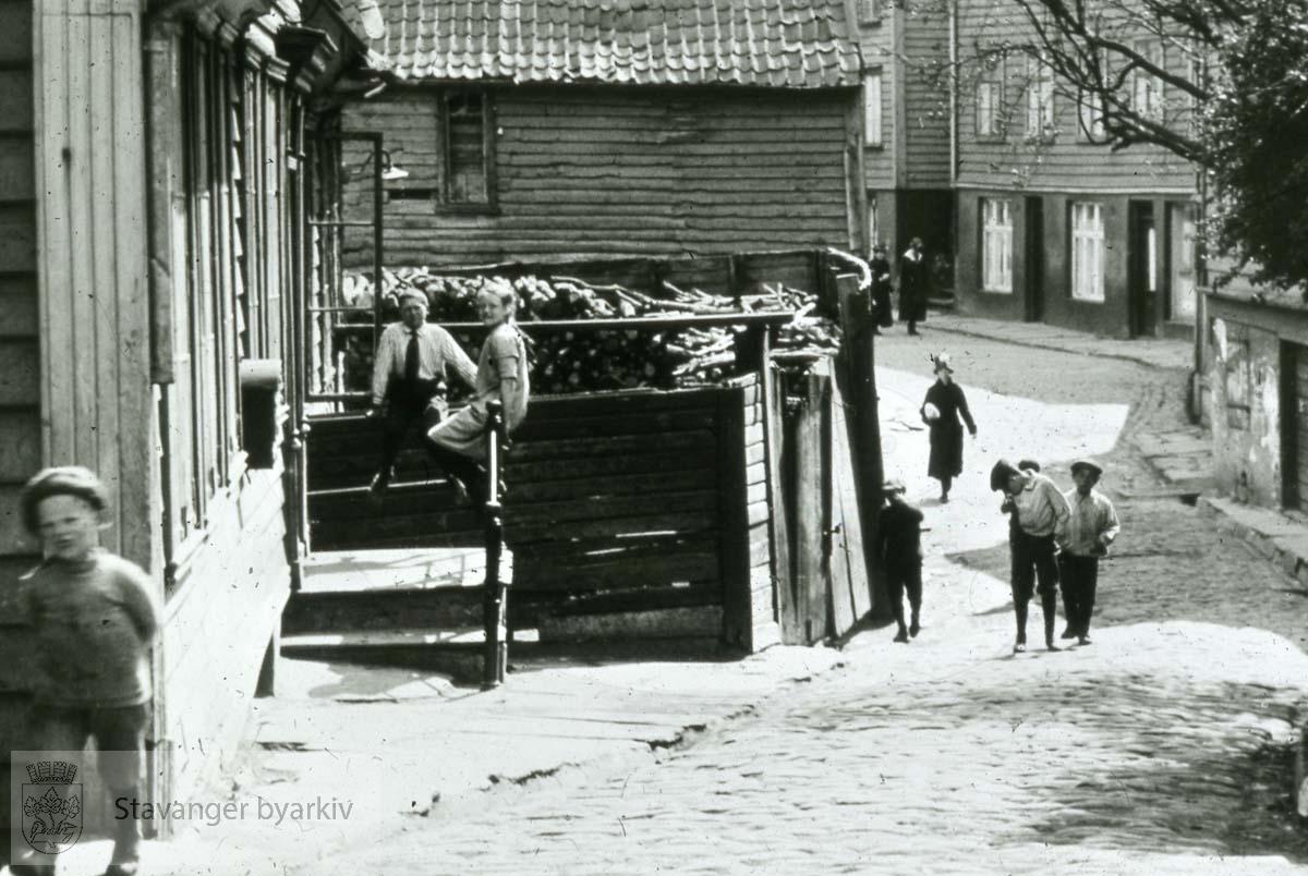Barn leker i Nedre Strandgate