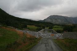 Leirfjord, Leira, Toventunnelen. Kulverten som er støpt til