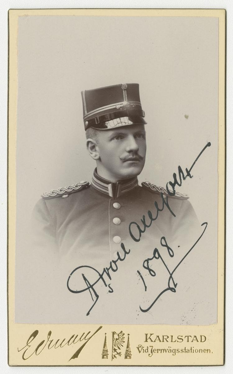 Porträtt av Johan Gustaf Herman von Axelson, löjtnant vid Värmlands regemente I 22.