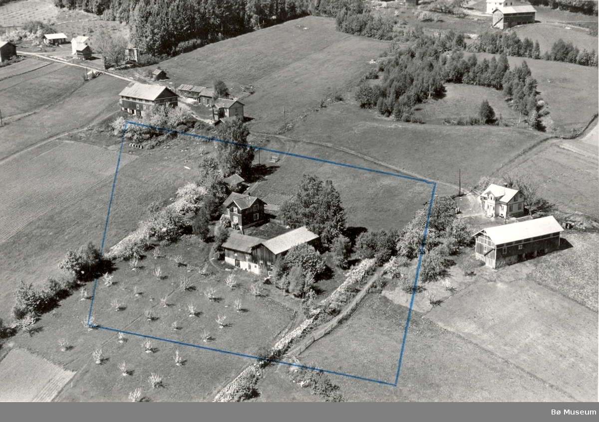 Flyfoto av Li østre (Stykket)
