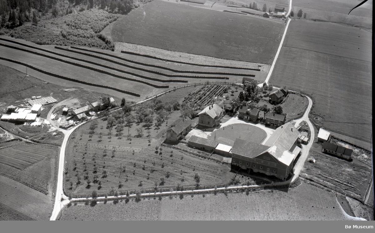 Flyfoto av Borgja i Bø