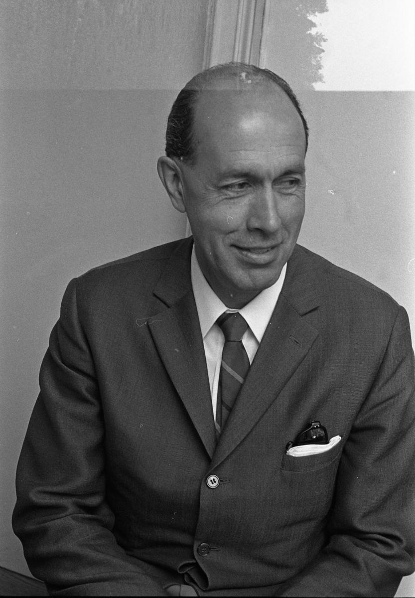 Rickard Lenander Porträtt av man