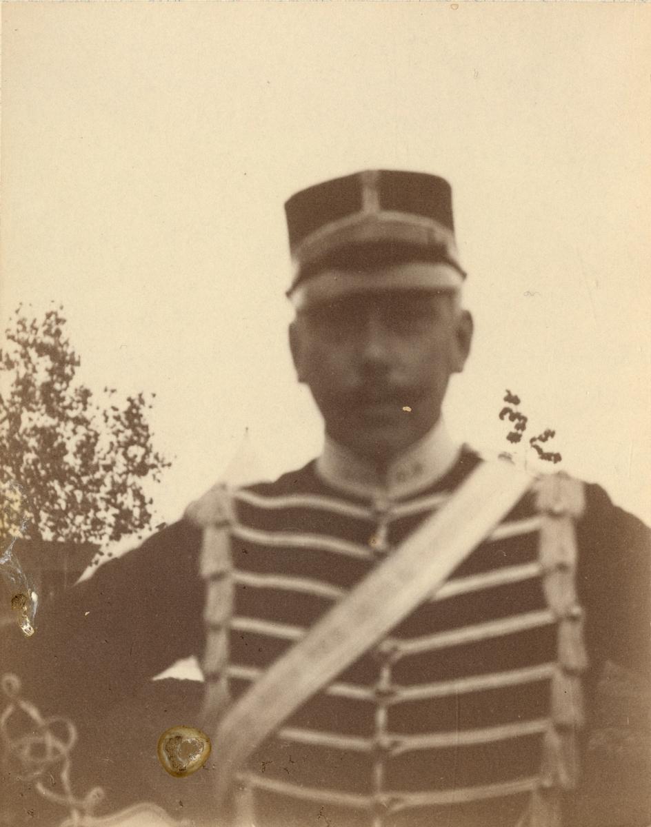 Soldat från Livregementets husarkår.