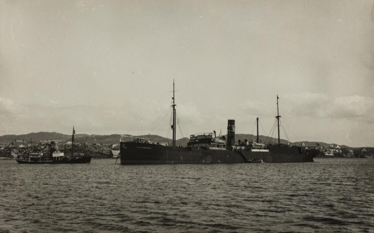 Parti fra Karmsundet sett mot øst, 1930.