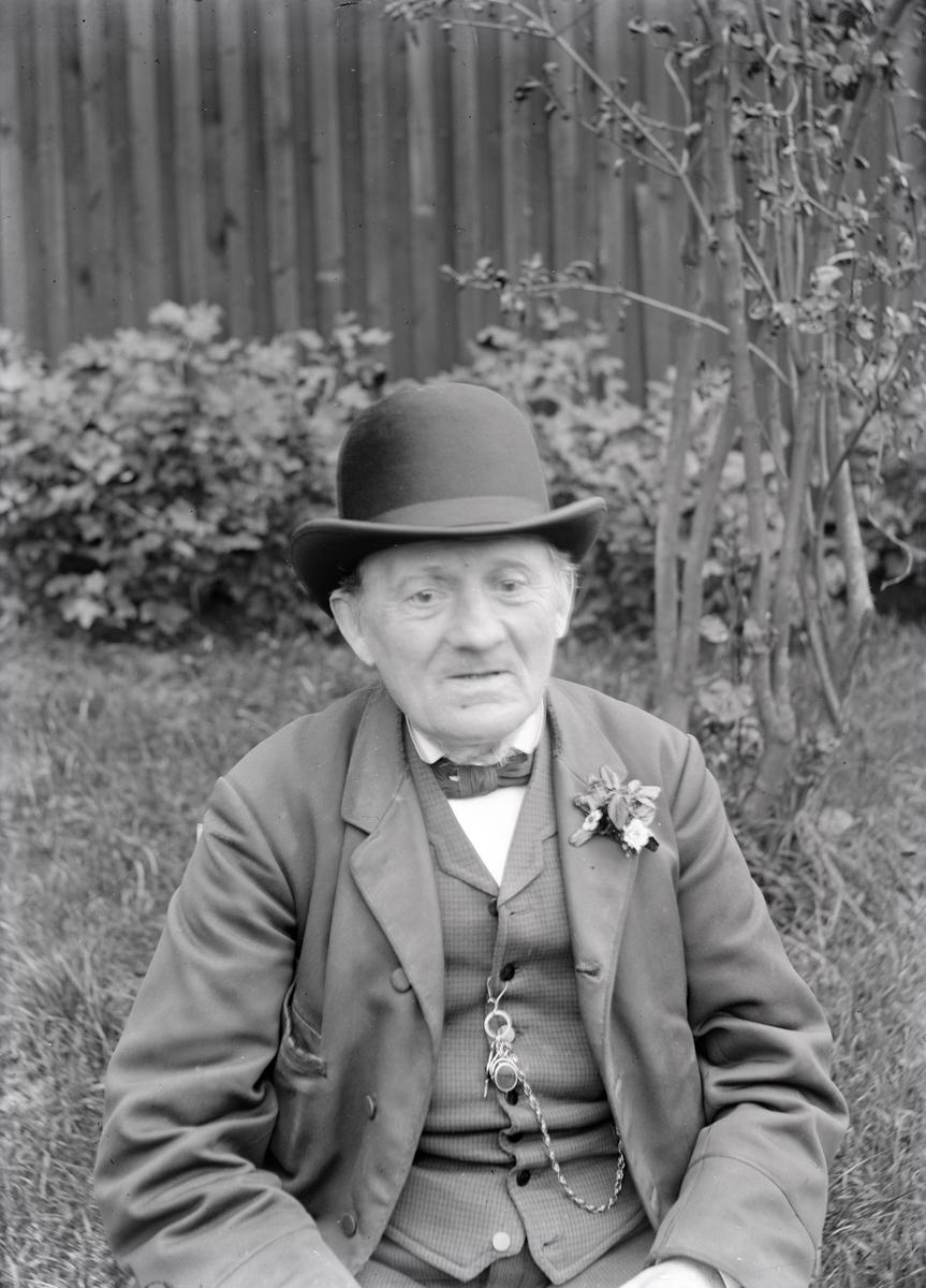 Osäkert Per August Svedlund.