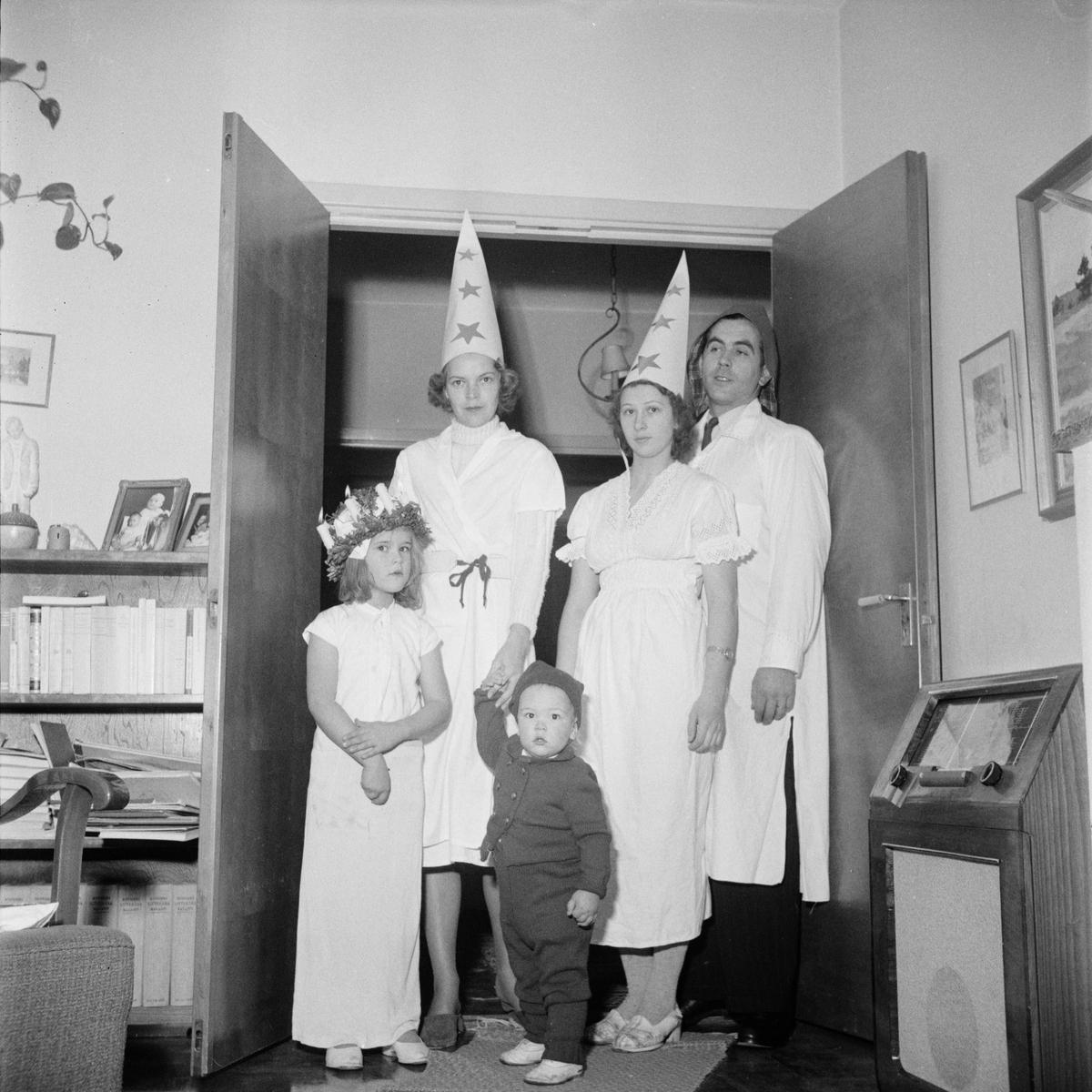 Luciafirande hos Siv och Hennning Österberg, Uppsala 1949