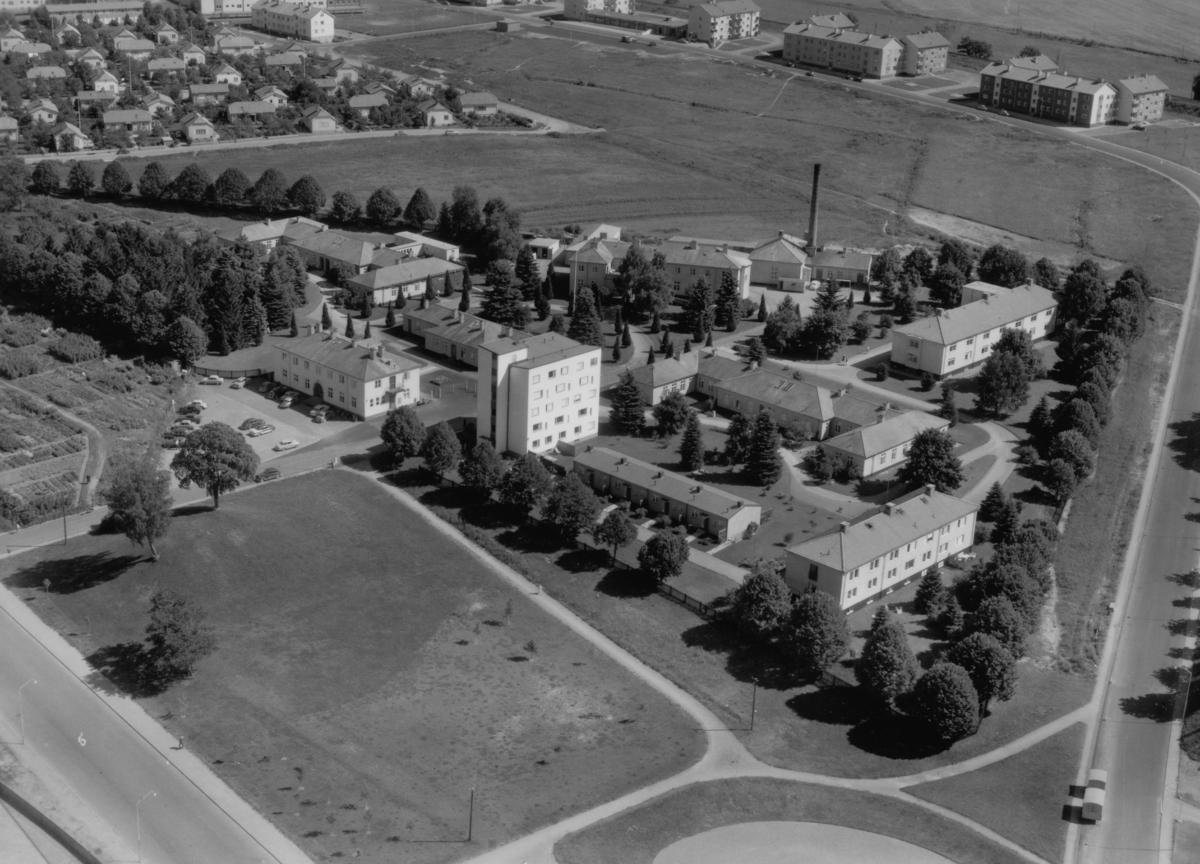 Flygfoto över Rosenlund i Jönköping.  Nr: 1185/1957