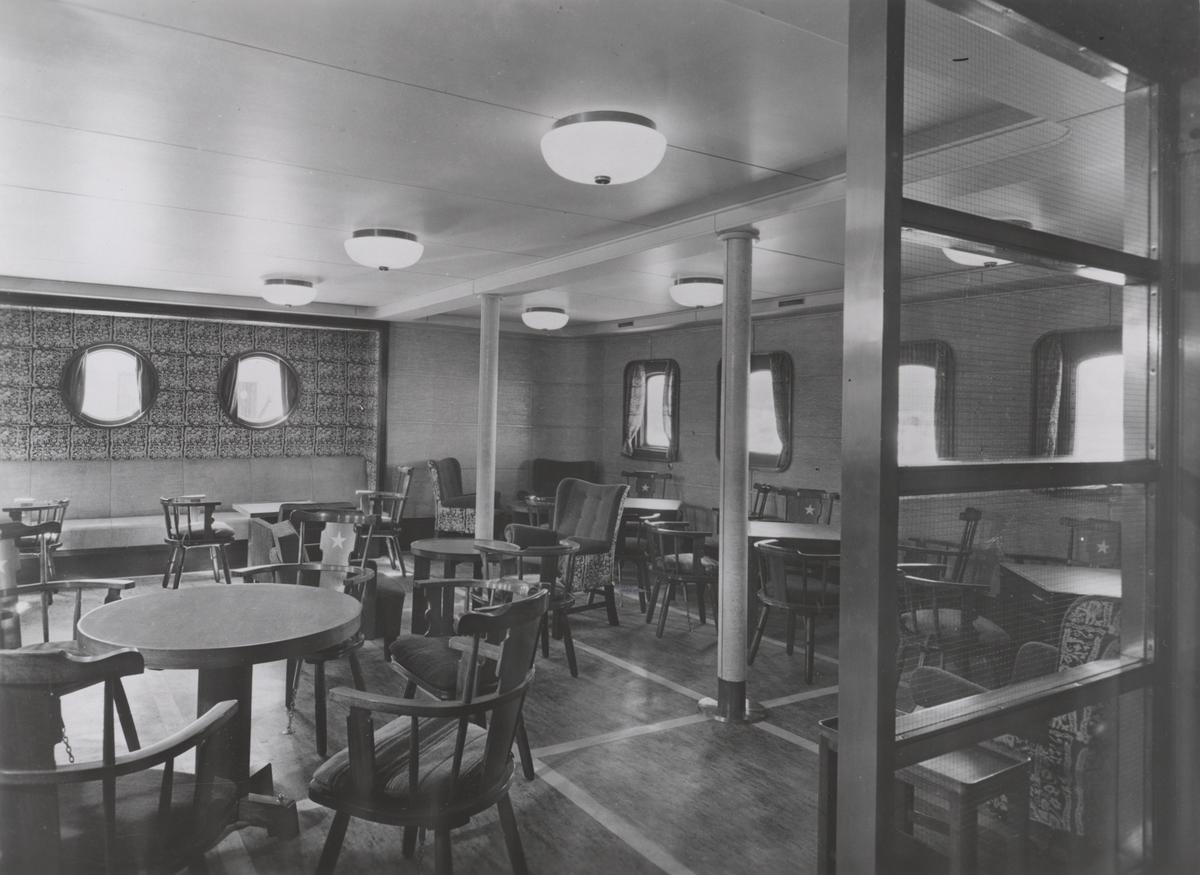Salong 2. klasse ombord i M/S 'Vega' (b.1938)