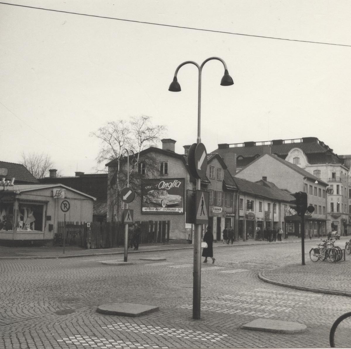Västerås. Stora gatan mot öster, från korsningen Kopparbergsvägen.