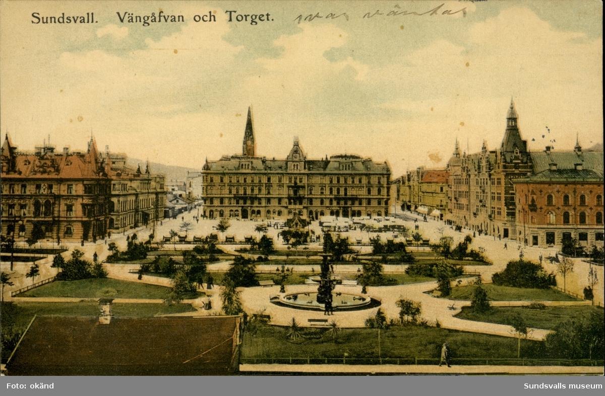 Vykort med motiv av Vängåvan och torget i Sundsvall.