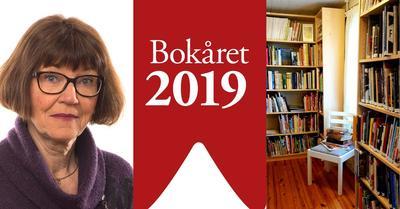 Portrett av Laila Grastvedt og interiørbilde fra Kokebokhuset som viser bokhyller og en stol med bøker på setet.