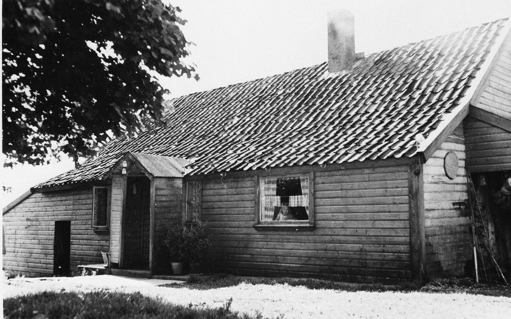 Heimehuset på garden til Thomas Fosse, bygt 1850.