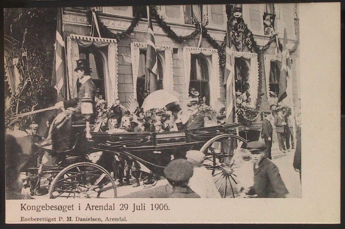 Kongebesøget i Arendal 29. Juli 1906.  Kjøretur gjennom Kirkegt.