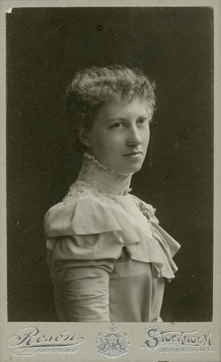Fru Wickberg f. Bäckman, 1879.