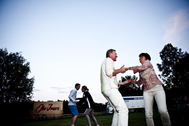 Dancing to the Ole Ivars, Hvaler 2011 (Foto/Photo)