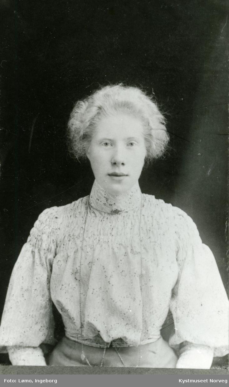 Portrett av ukjent kvinne