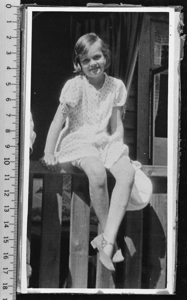Fotografi av ung pike.