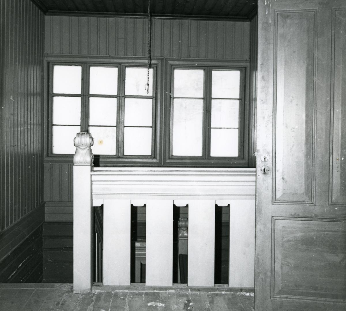DOK:1970-tallet, Aulestad, Erlinghuset, interiør, trapp,