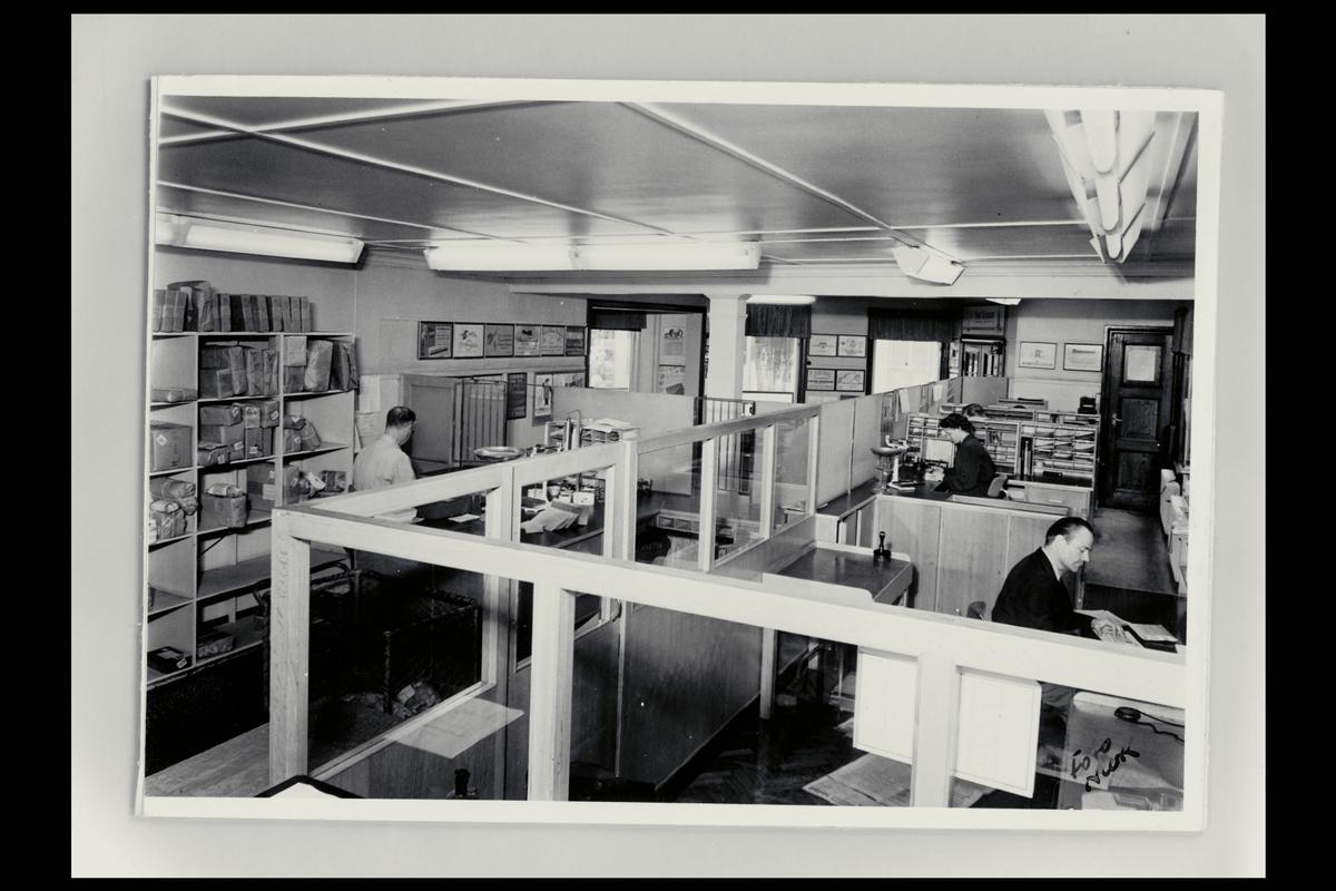 interiør, postkontor, 2800 Gjøvik, ekspedisjon, kontor