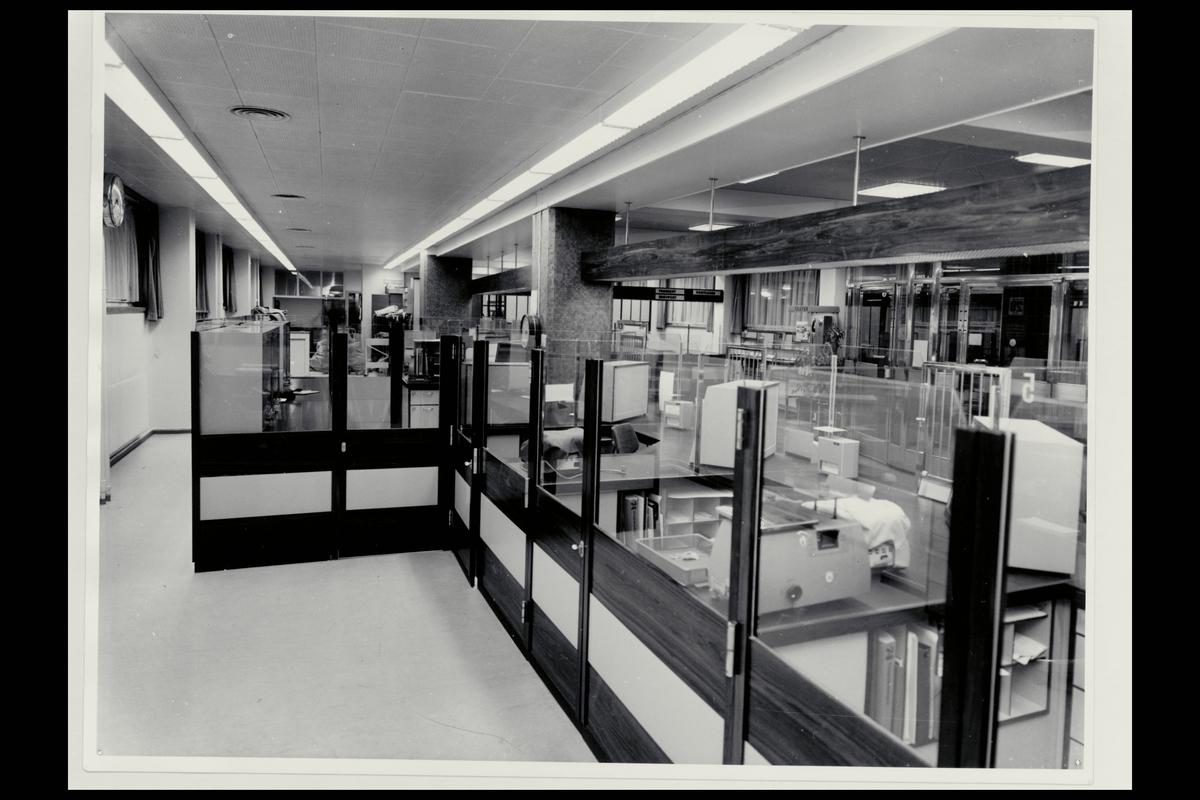 interiør, postkontor, 0501 Rodeløkka, ekspedisjon,vekt, terminaler