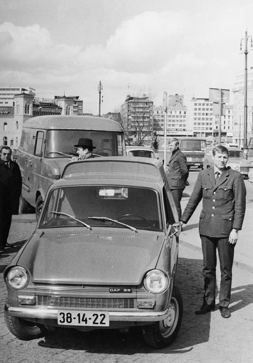 transport, bil, Daf 33 varevogn, mann
