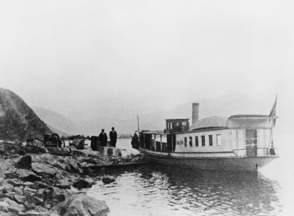 transport båt, eksteriør, Dølen, ved land